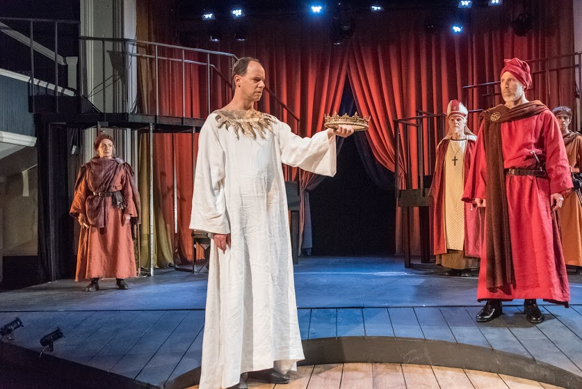 ASP Richard II (l to r) Northumberland (Marya Lowry), King Richard II (Doug Lockwood), Bishop of Carlisle (Malcolm Ingram), Bolingbroke (Michael Forden Walker), and Henry Percy (Lewis D. Wheeler). Photo by Stratton McCrady
